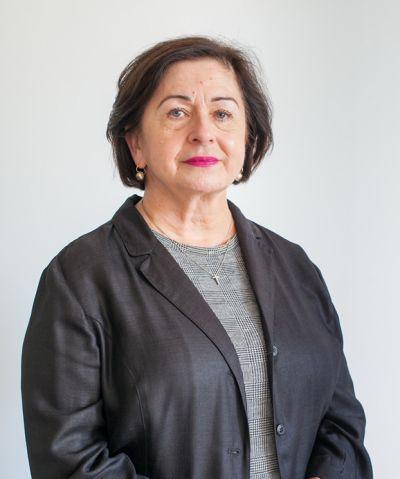 adw. Maria Kapsa
