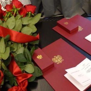 Honorowe odznaki RPO dla adw. Boguckiej-Skowrońskiej i adw. Taylora